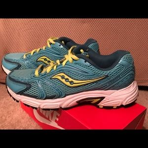 Saucony Oasis Grid Running Shoes 15096-19